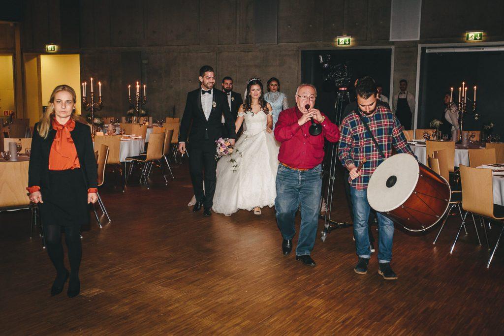 Hochzeitsfotograf Stuttgart Oliver Lichtblau Hochzeit Mercedes Benz Arena 50
