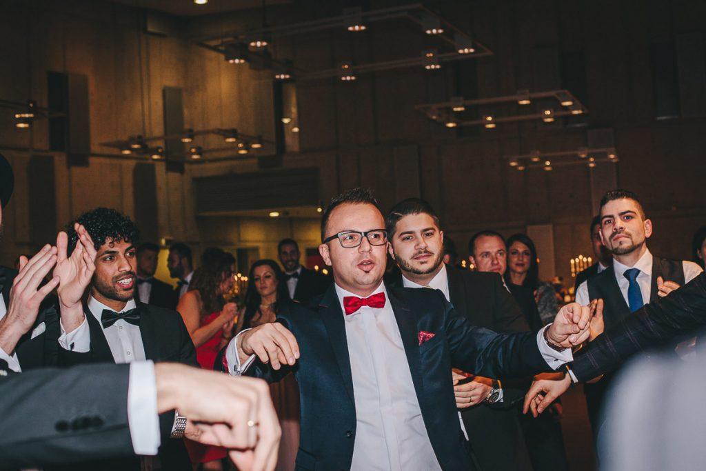 Hochzeitsfotograf Stuttgart Oliver Lichtblau Hochzeit Mercedes Benz Arena 63