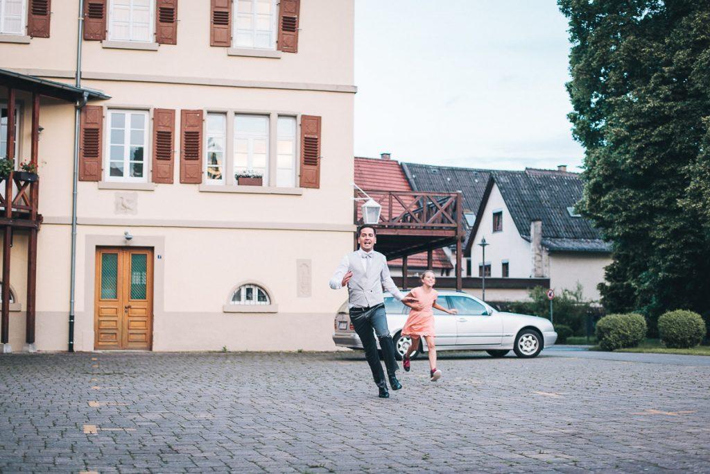Hochzeitsfotograf Stuttgart Oliver Lichtblau Hochzeitsreportage Schlosshotel Neckarbischofsheim 109