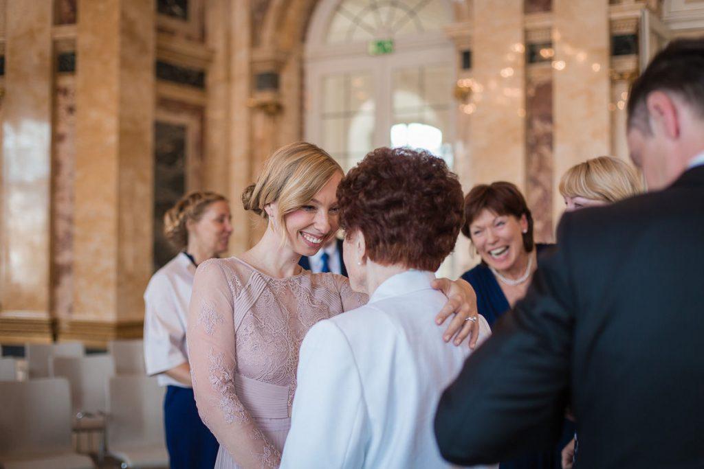 Hochzeitsfotograf Stuttgart Oliver Lichtblau Standesamt Hochzeit Neues Schloss Stuttgart 15