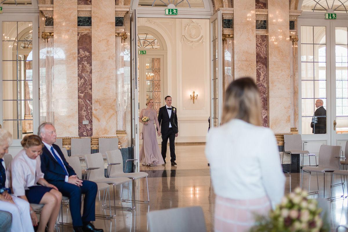 Hochzeitsfotograf Stuttgart Oliver Lichtblau Standesamt Hochzeit Neues Schloss Stuttgart 4