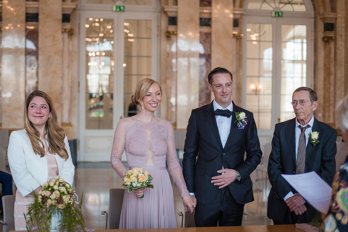 Hochzeitsfotograf Stuttgart Oliver Lichtblau Standesamt Hochzeit Neues Schloss Stuttgart 6
