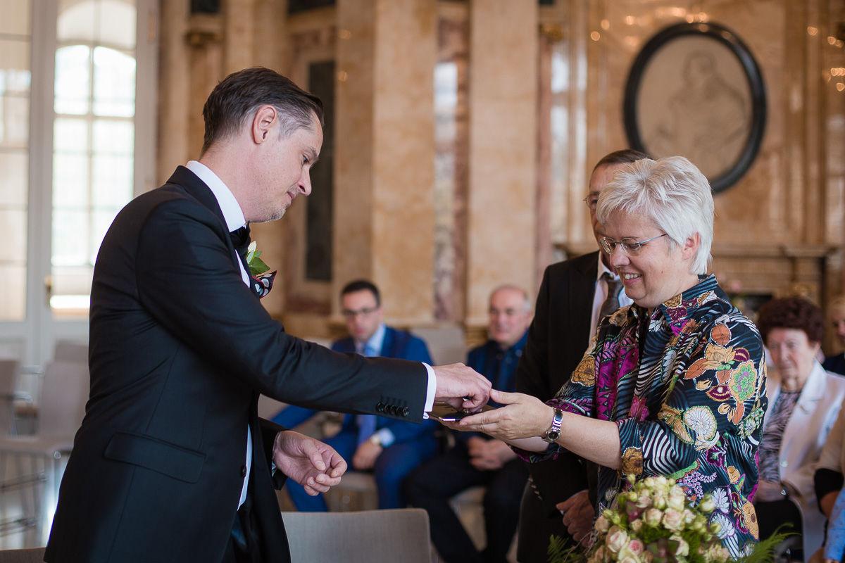 Hochzeitsfotograf Stuttgart Oliver Lichtblau Standesamt Hochzeit Neues Schloss Stuttgart 7
